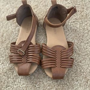 Old navy sandals, Size 9 VGUC